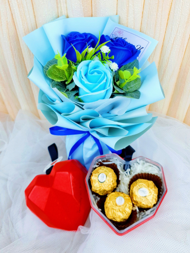 Soap Roses Bouquet With Diamond Love Ferrero Rocher