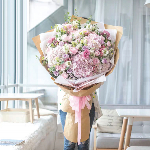 Giant Sweet Pink Bouquet