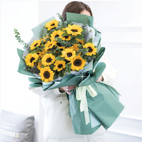 Giant Sunflower Bouquet