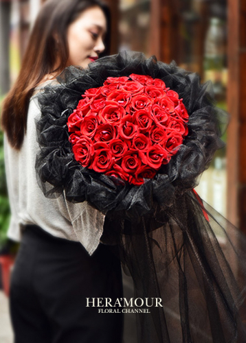 Lacey Red Rose Bouquet Bouquet
