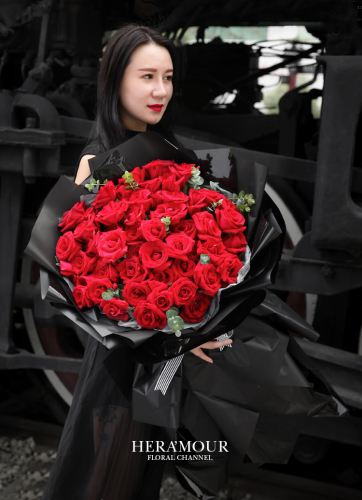 RED ROSE X99 ROMANCE BOUQUET