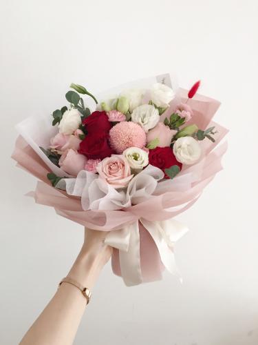 Hana Bouquet