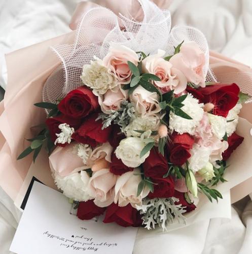 Blushing Aurora (LDF Bespoke Bouquet)
