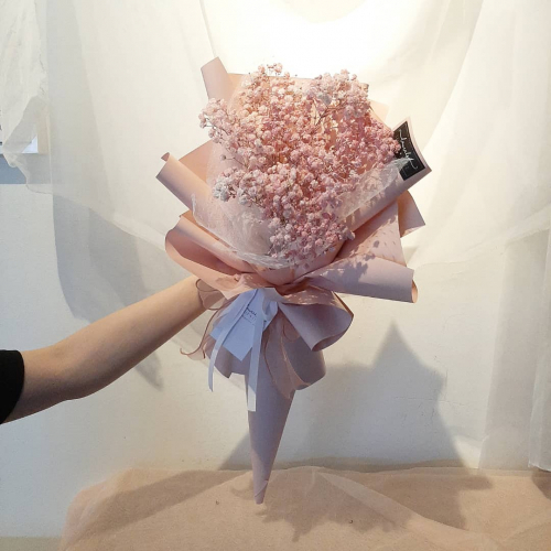 Baby Breath Icecream Bouquet