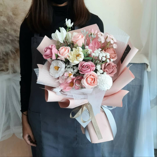 Valentine's Day 2021-Soapy Pink Bouquet
