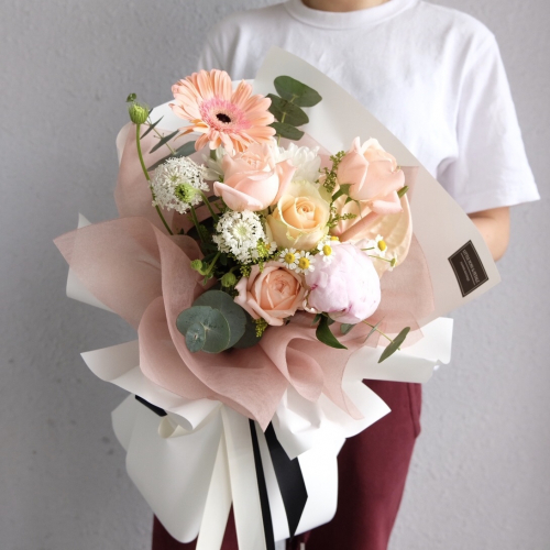 Pink Peach Flower Bouquet