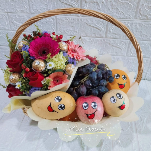 Fruit & Flower Basket 05