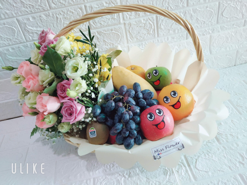 Fruit & Flower Basket 08