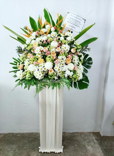 Condolence Flower 82