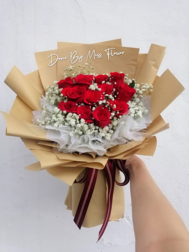 Fresh Red Roses Bouquet 002