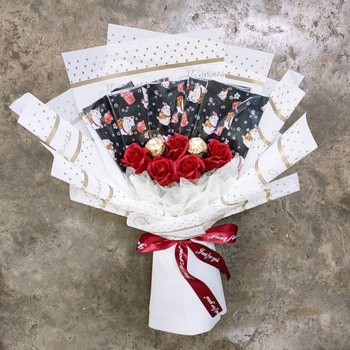 Soap Roses with Mask Bouquet