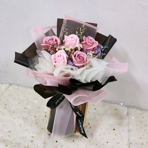 Soap Roses Bouquet (Black Pink series)