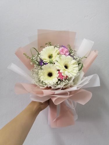 Gerbera Bouquet 001