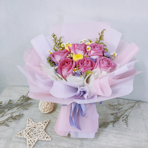 Pink Roses Bouquet 02