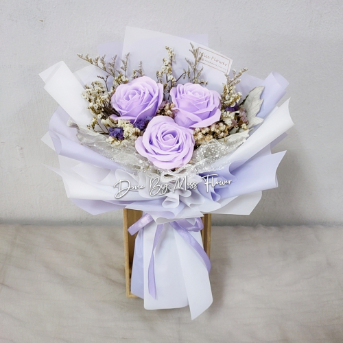Purple Soap Rose Bouquet 01