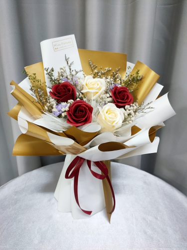Soap Rose Bouquet (White gold Series)