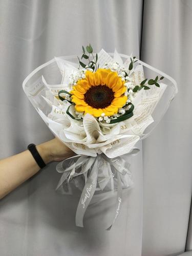 Sunflower bouquet 07