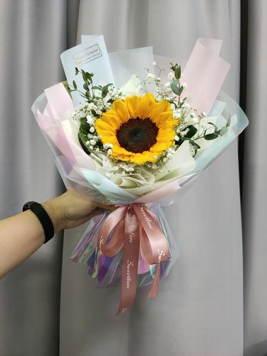 Sunflower bouquet 09