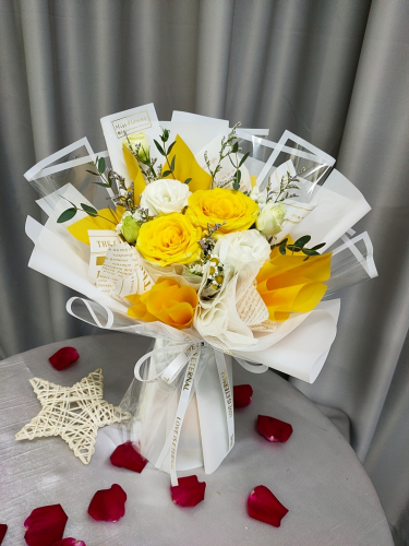 Fresh Yellow Roses Bouquet 01