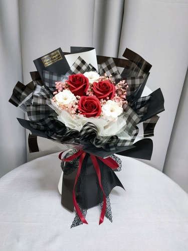 Red Soap Roses Bouquet 03