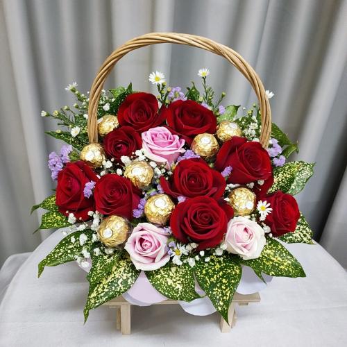 Flower Basket 01