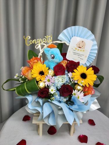New Born Baby Flower Basket 01