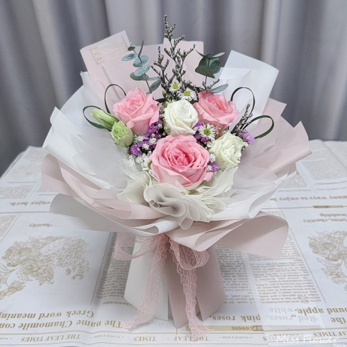 Pink Roses Bouquet 07