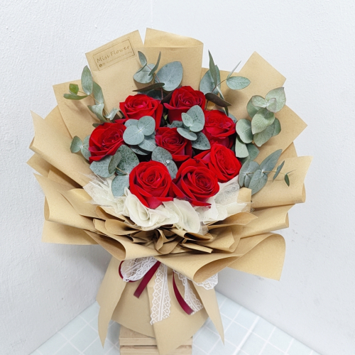 Fresh Red Roses Bouquet 016