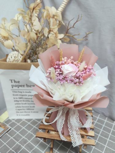 Gradient Soap Roses Bouquet 01