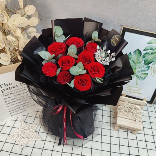 Fresh Red Roses Bouquet 017