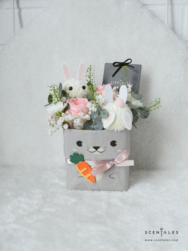 Ash The Bunny (Carrot Hunt) Kraft Bag