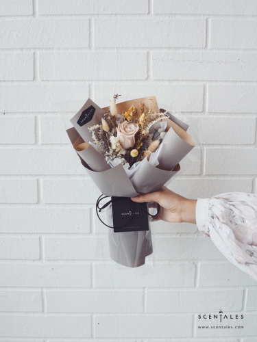 Loffa Preserved & Dried Flower Bouquet