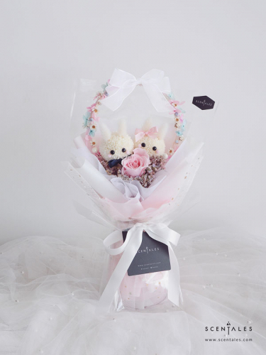 Lovey Dovey Preserved & Fresh Flower Bouquet