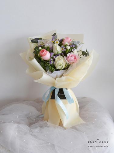 Scentales Summer Kisses Flower Bouquet