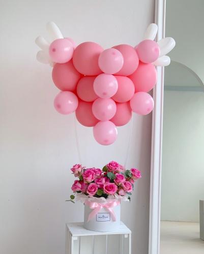 Heart balloon rose box