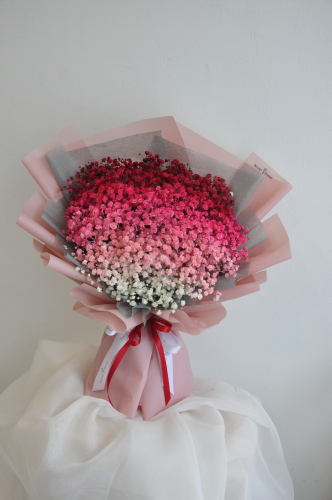 Baby Breath bouquet - Red tone