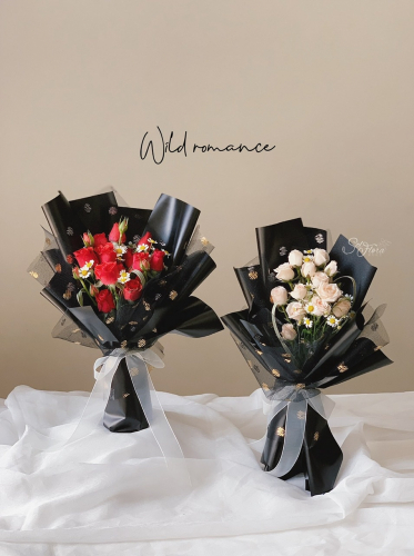𝙒𝙞𝙡𝙙 𝙍𝙤𝙢𝙖𝙣𝙘𝙚 𝙎𝙥𝙧𝙖𝙮 𝙍𝙤𝙨𝙚 𝘽𝙤𝙪𝙦𝙪𝙚𝙩 - mini rose
