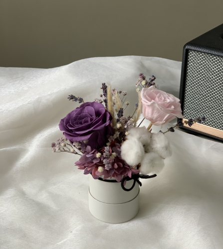 Mulberry - preserved flower mini box