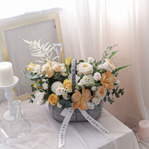 STDFM27 - Sugardust Signature Flower Basket