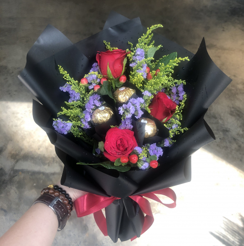 roses and chocolate bouquet