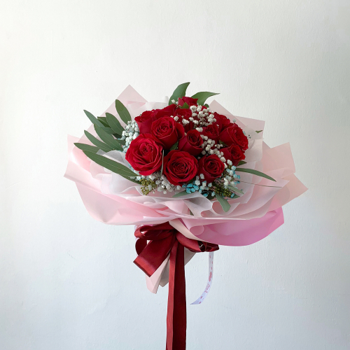 A Dozen of Red Roses (rounded)