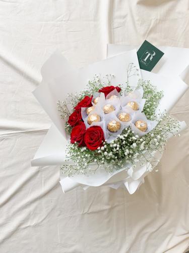 Red Roses & Ferrero