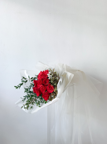 Dancing Roses