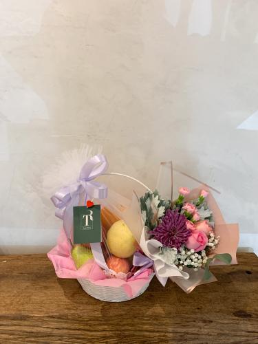 Bouquet & Fruits Basket