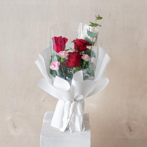 Petite Rose Carnation