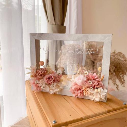 Gloria Preserved Flower Frame